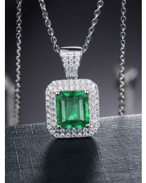 18 Kt Necklace (2.36 gms) with diamonds