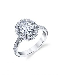 Dazzling Diamond Oval Center Halo Engagement Ring