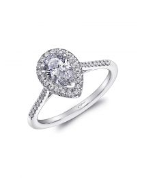 Stunning Pear Shaped Engagement ring